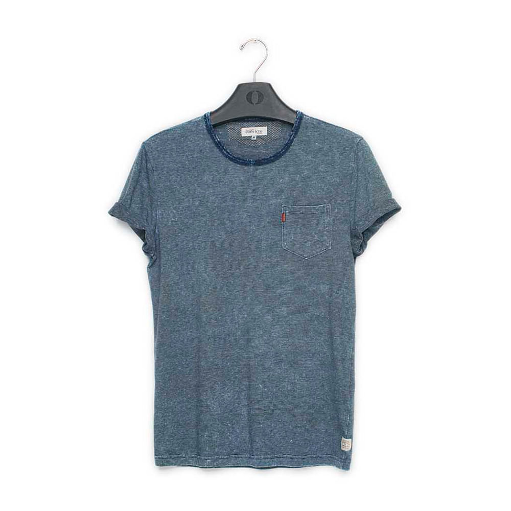 Camiseta-marinho-com-bolso