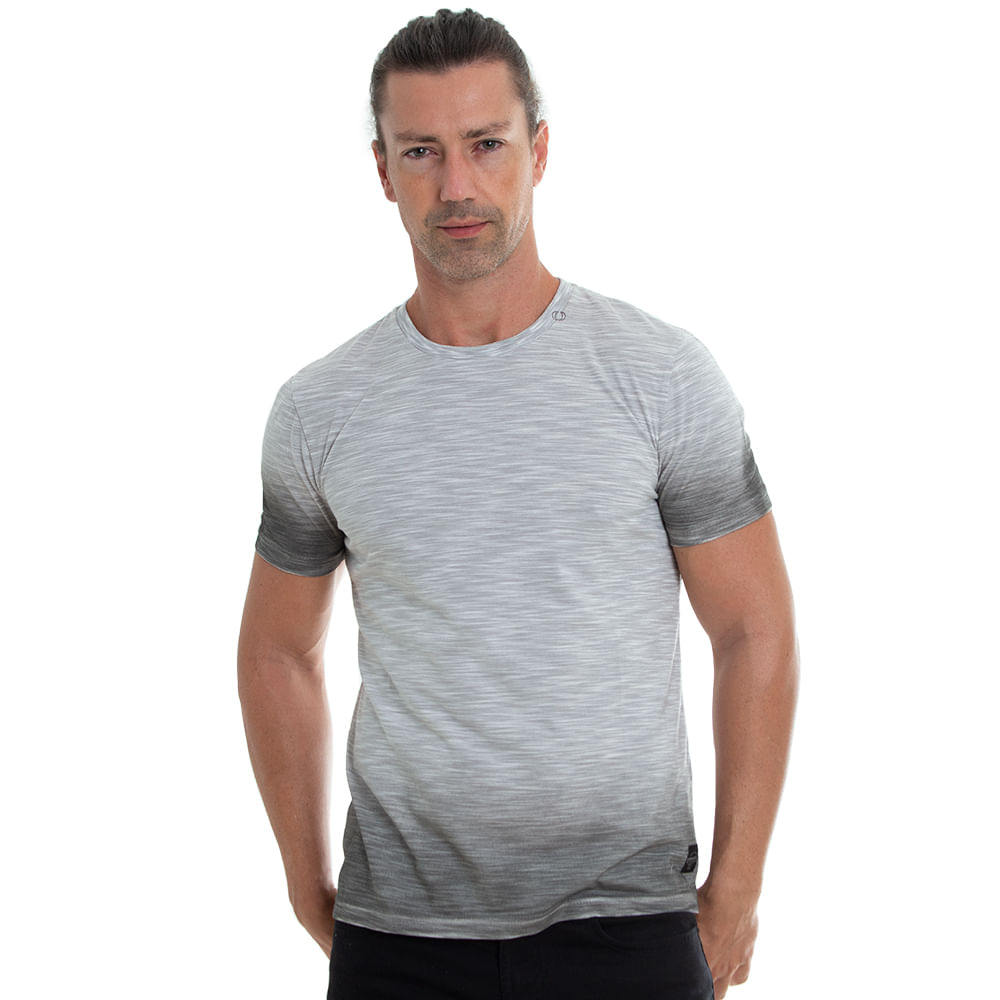 camiseta-cinza-claro-com-degrade